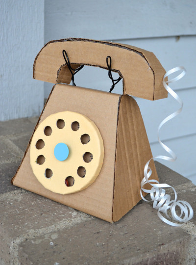 Cardboard-telephone pin from funfamilycrafts.com