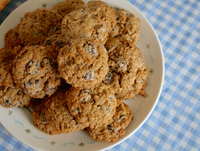 Almond Butter Chocolate Chip Cookies - Flora's Very Windy Day - offtheshelfblog.com