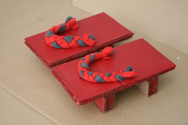 A Pair of Red Clogs Craft - A Pair of Red Clogs - Masako Matsuno - offtheshelfblog.com